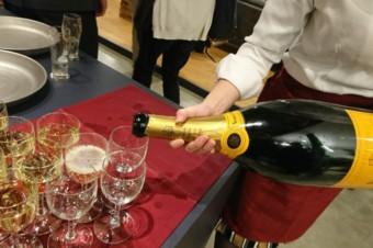 巨大シャンパン!100名様!