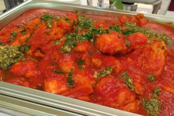 若鶏のトマト煮込み