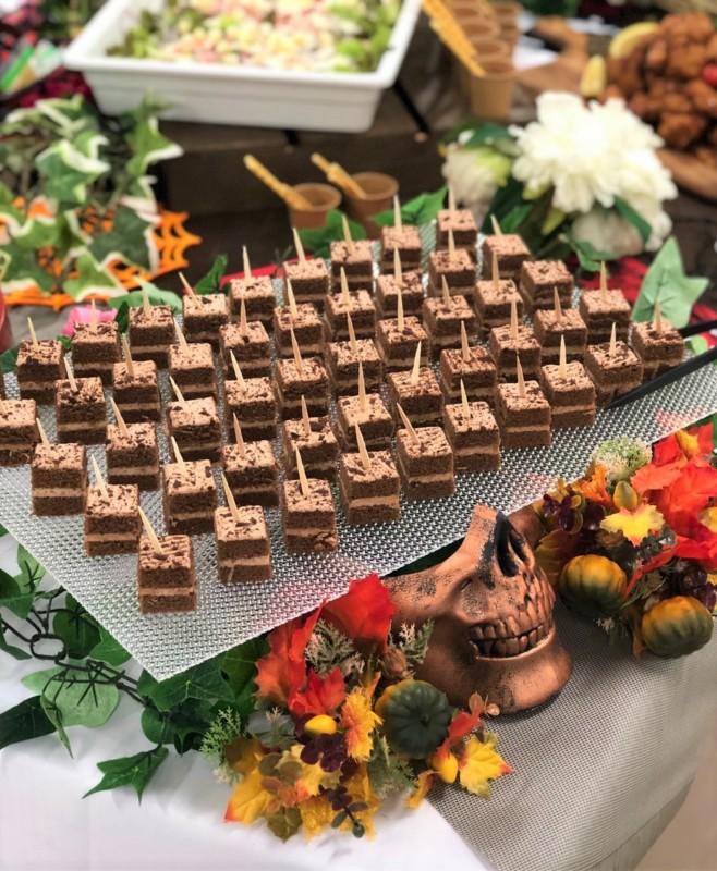 濃厚チョコレートケーキ ハロウィン仕様 ケータリング 名古屋