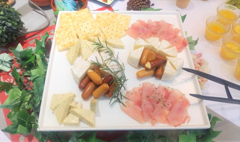生ハムとチーズの盛合せ セレブリティプラン ケータリング 名古屋